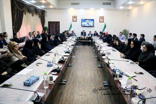 نشست رئیس سازمان مدیریت و برنامه ریزی استان با همکاران برگزار شد