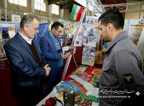گزارش تصویری از بازدید آقای روزبهان از نمایشگاه دستاوردهای چلمین سال پیروزی انقلاب اسلامی