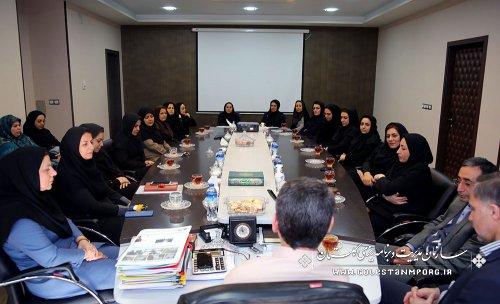 نشست مهندس عابدی با بانوان سازمان به مناسبت گرامیداشت ولادت با سعادت حضرت فاطمه زهرا(س)و روز زن