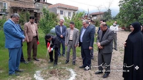 مراسم کلنگ زنی احداث ۲۰۰ واحد مسکونی طرح ویژه مسکن محرومین در روستای لیسه شهرستان مینودشت