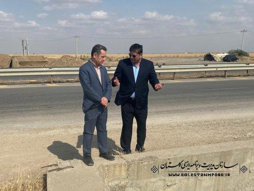 بازدید آقای عابدی رئیس سازمان از اجراى طرح زهكشى كانال اصلى ٢ انبار الوم در شهرستان آق قلا
